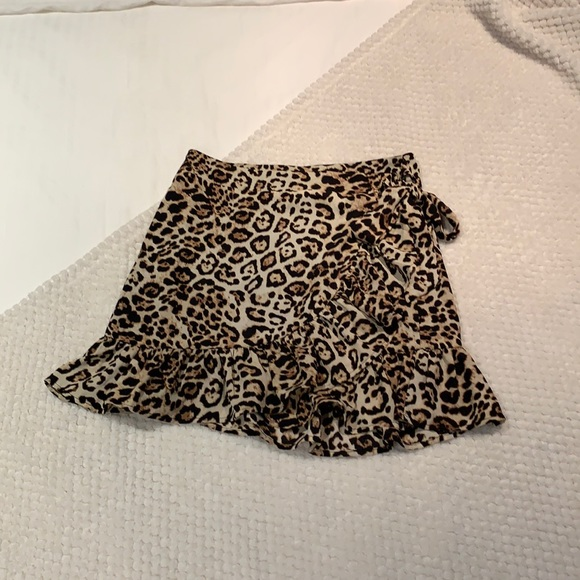 Leopard wrap skirt, size small